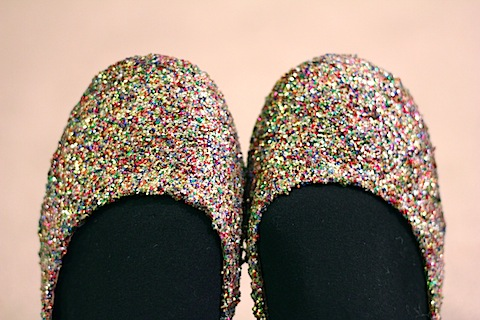 DIY Glitter Flats -- Get crafty by glittering your shoes for cheap! | wearenotmartha.com