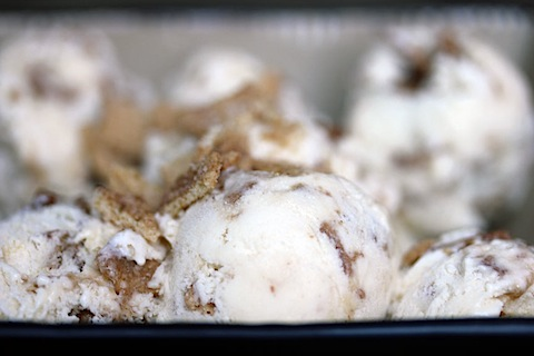 Cinnamon Toast Crunch Ice Cream: This cereal packed dessert combines two of the best things | wearenotmartha.com