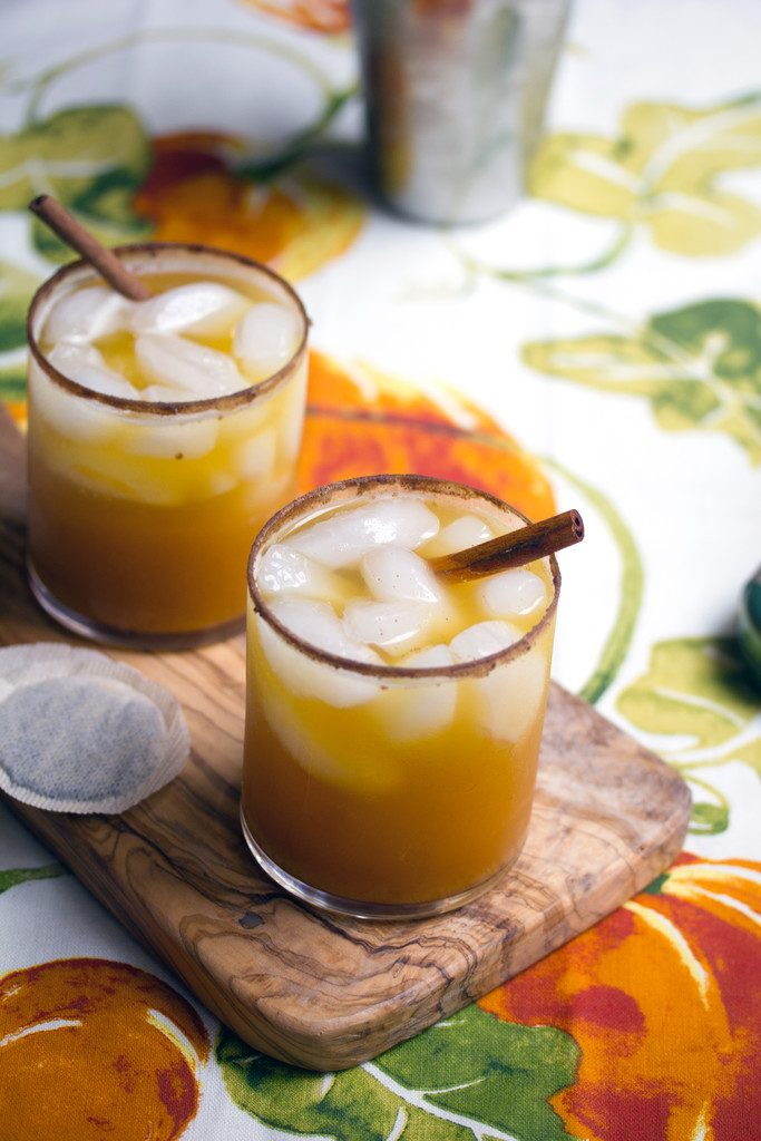 Iced Pumpkin Green Tea Cocktail -- A fall-inspired drink | wearenotmartha.com