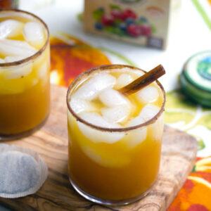 Iced Pumpkin Green Tea Cocktail -- A fall-inspired drink | wearenotmartha.com