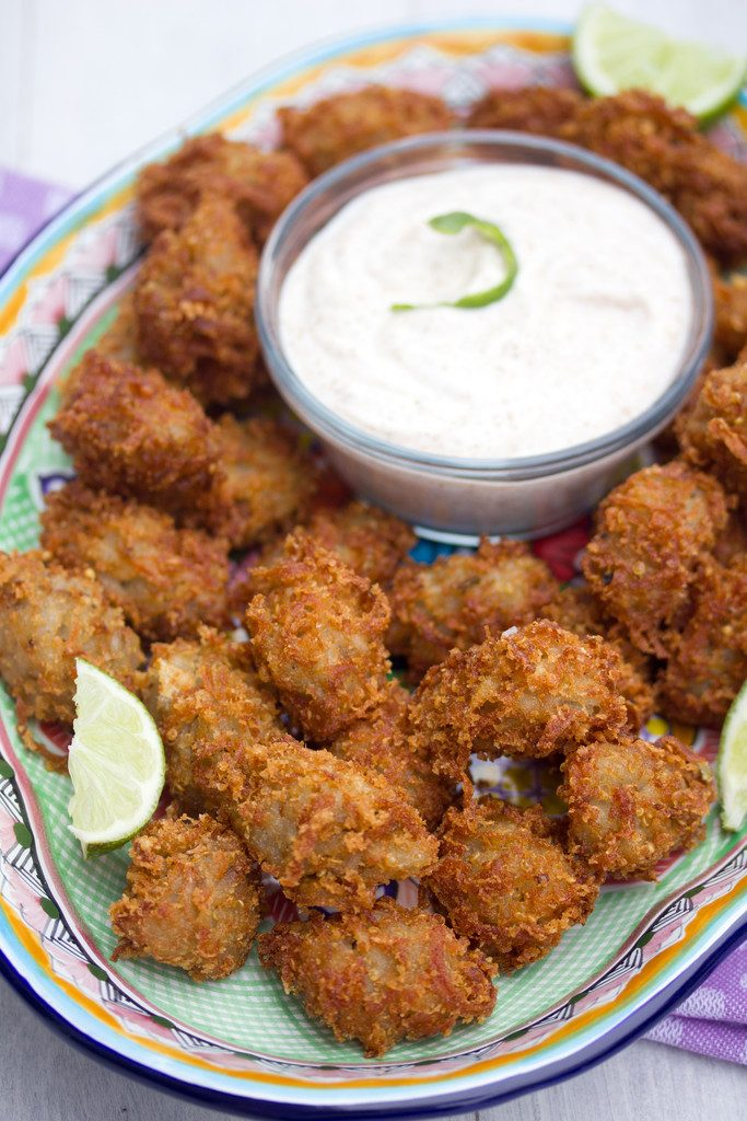 Jalapeño Quinoa Tater Tots -- With quinoa, jalapeño and parmesan cheese, these quinoa tater tots are way more fun and flavorful than the average tot! | wearenotmartha.com