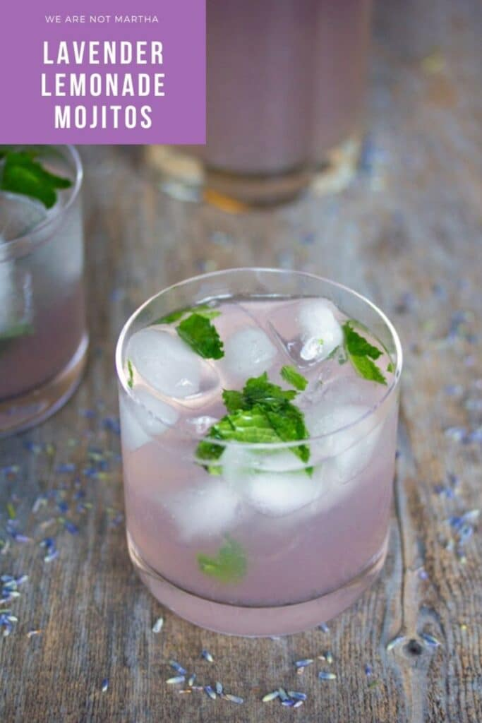 These Lavender Lemonade Mojitos make a traditional mojito so much better with the addition of lavender simple syrup! | wearenotmartha.com #mojitos #lavender #lavenderdrinks #cocktails