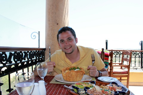 Los-Cabos-Honeymoon-Chris-Taco-Salad.jpg