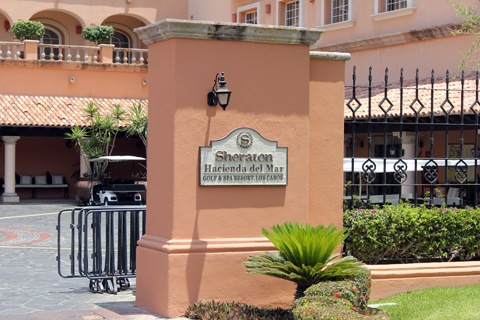 Los-Cabos-Honeymoon-Sheraton-Hacienda-del-Mar-Entrance.jpg