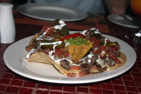 Los-Cabos-Honeymoon-Sheraton-Nachos.jpg