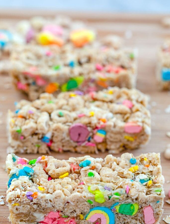 Lucky Charms Granola Bars -- Made with Lucky Charms cereal, quick cooking oats, and white chocolate chips, these no-bake Lucky Charms Granola Bars are a fun special treat for your loved ones at St. Patrick's Day and year round! | wearenotmartha.com