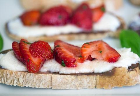 Maple Strawberry Dessert Crostini 7.jpg