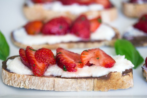 Maple Strawberry Nutella Dessert Crostini