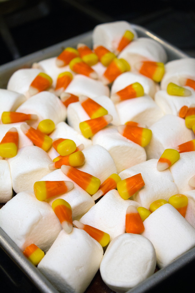 Marshmallow Candy Corn Topping