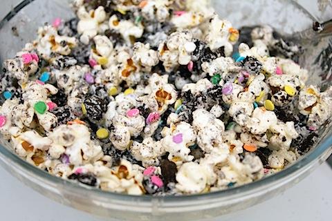 Marshmallow Melts on Popcorn Sprinkles Mix.jpg
