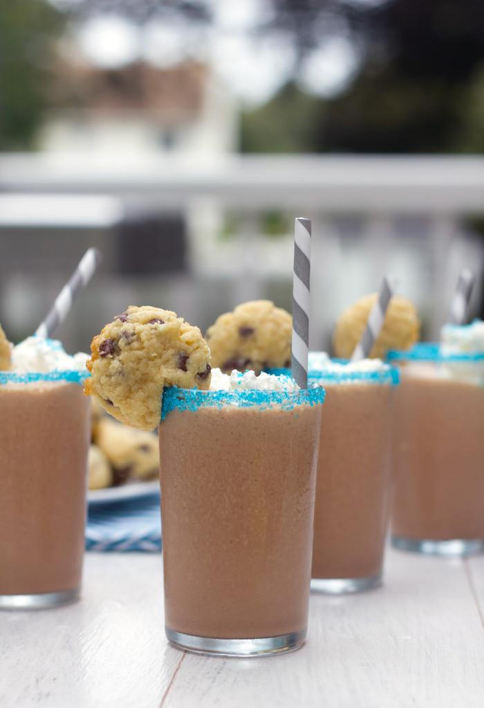 Mini Cookie Milkshakes 5