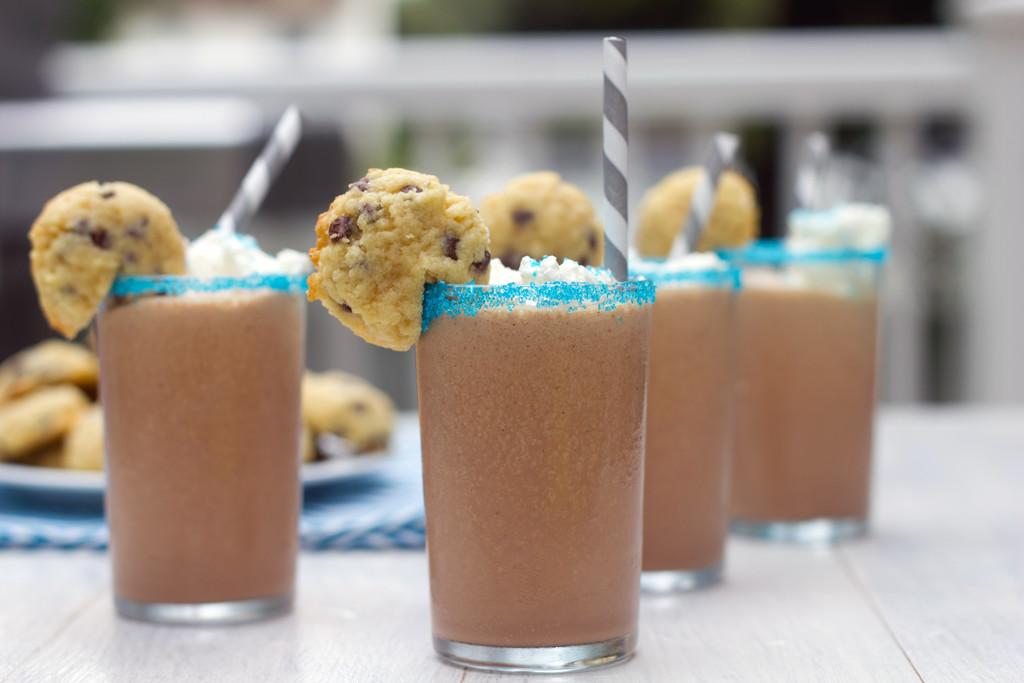 Mini Cookie Milkshakes 7