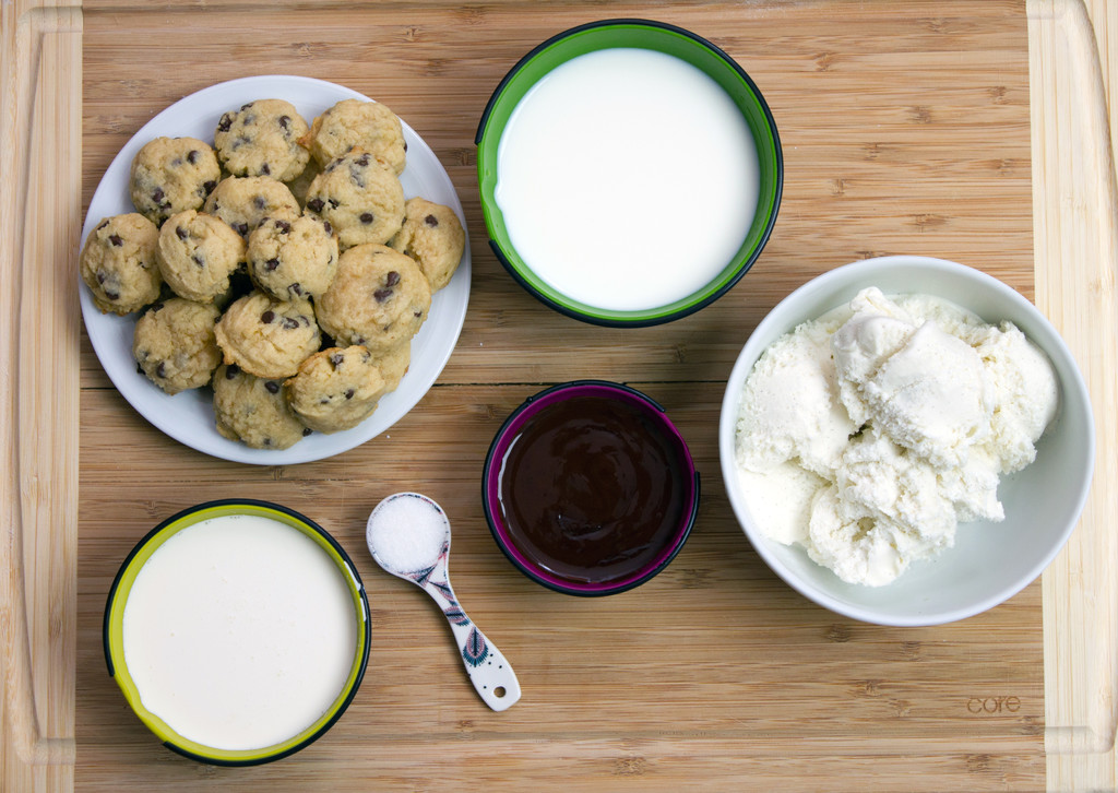 Mini Cookie Milkshakes Ingredients
