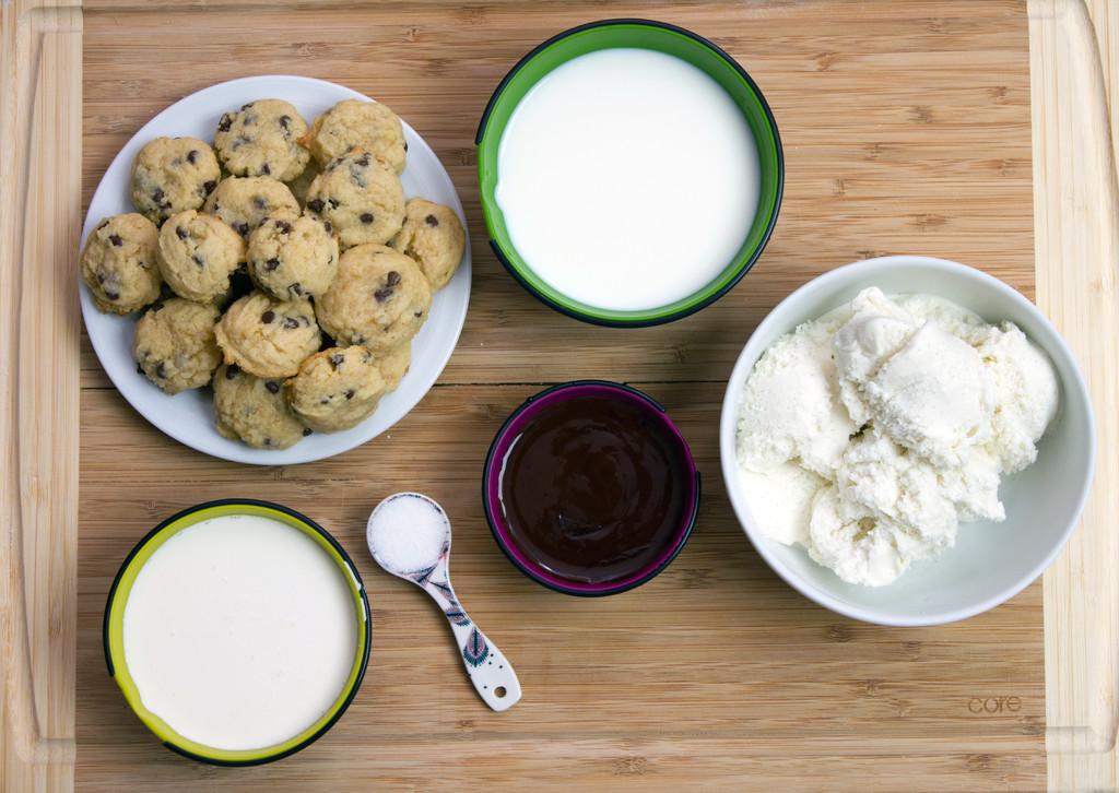 Mini Cookie Milkshakes Ingredients