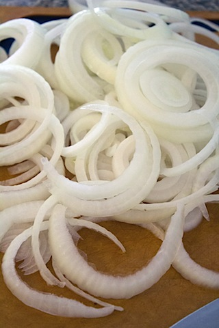 Ninja Fryer Onions Rings Sliced Onions.jpg