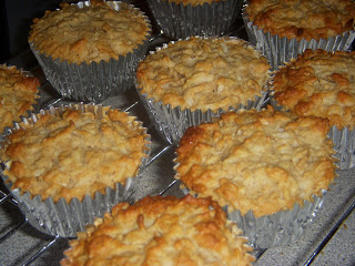 Oatmeal-Raisin Cupcakes