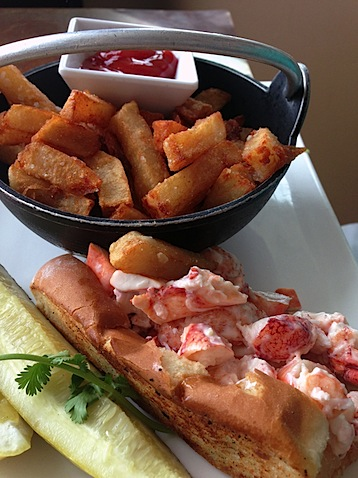 Ogunquit- MC Perkins Lobster Roll.jpg