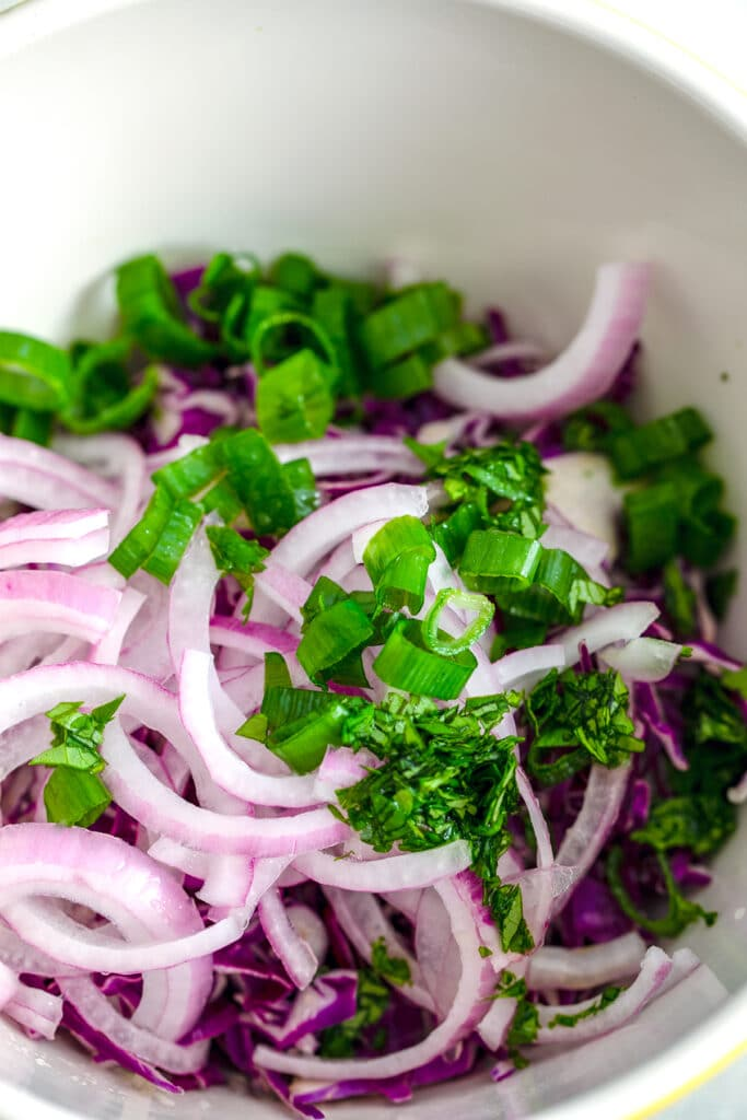 Onion and cabbage slaw for fish tacos