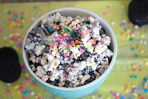 Oreo Marshmallow Funfetti Popcorn 13.jpg