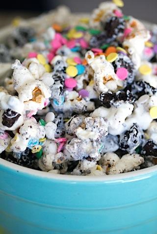 Oreo Marshmallow Funfetti Popcorn 8.jpg