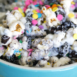 Oreo Marshmallow Funfetti Popcorn