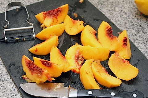 Peach-Bellini-Jelly-Peaches.jpg