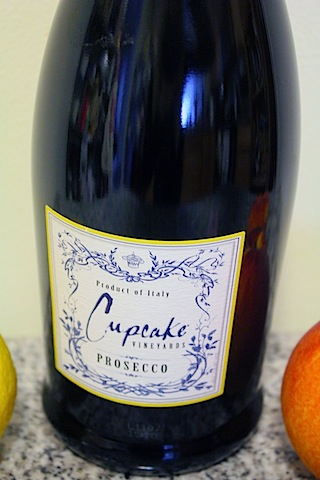 Peach-Bellini-Jelly-Prosecco.jpg