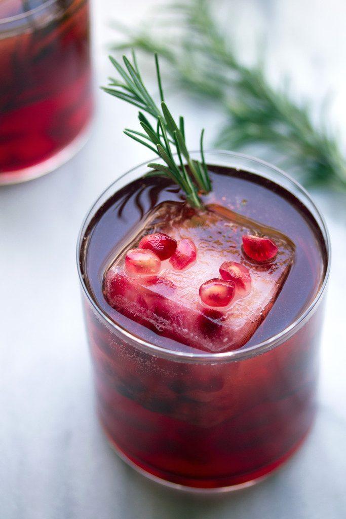 Pomegranate_Rosemary_Gin_Sparkler_3