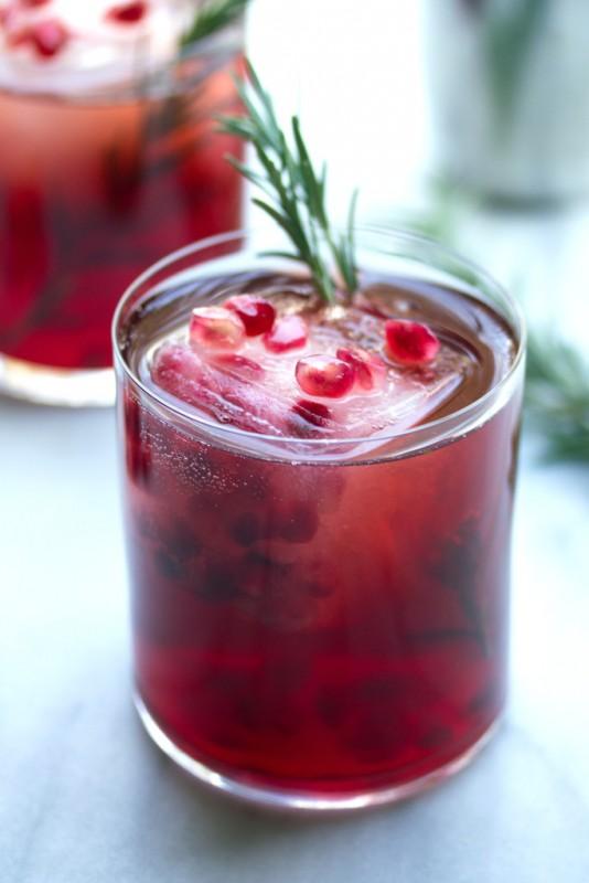 Pomegranate_Rosemary_Gin_Sparkler_4