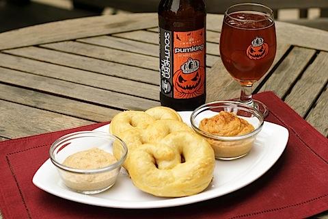Pumpkin-Beer-Pretzels-1.jpg