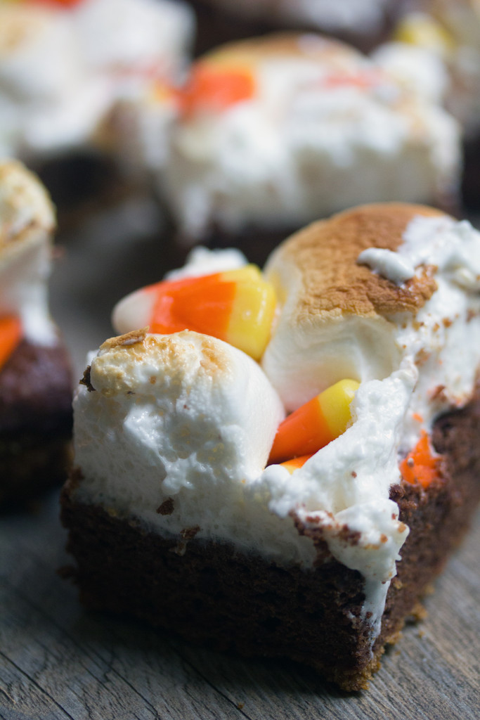 Pumpkin Kahlua Toasted Marshmallow Brownie Bars 3