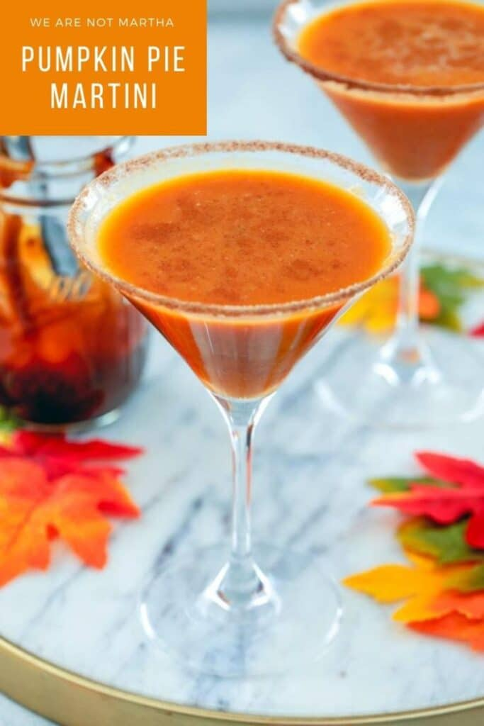 This Pumpkin Pie Martini is the perfect way to celebrate all things fall and tastes just like pumpkin pie in a glass! | wearenotmartha.com #pumpkinpie #pumpkinmartini #fallcocktails #pumpkincocktails #pumpkin