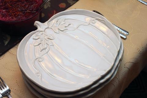 Thanksgiving Pumpkin Plates | wearenotmartha.com