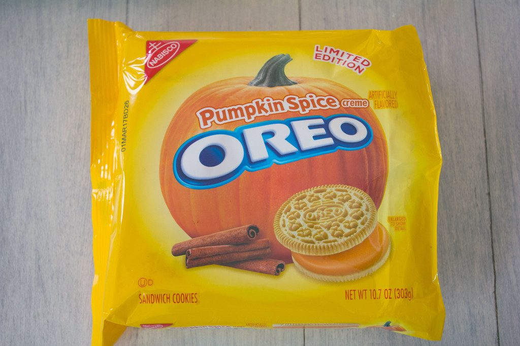 Pumpkin Spice Oreo Cookies | wearenotmartha