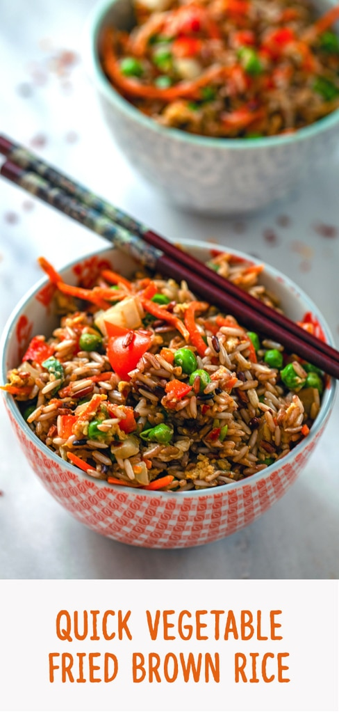 Quick Vegetable Fried Brown Rice -- Looking for a quick and easy healthy dinner that's also delicious? This Quick Vegetable Fried Brown Rice is packed with veggies and whole grains and is the perfect weeknight meal | wearenotmartha.com #friedrice #brownrice #vegetables #dinner