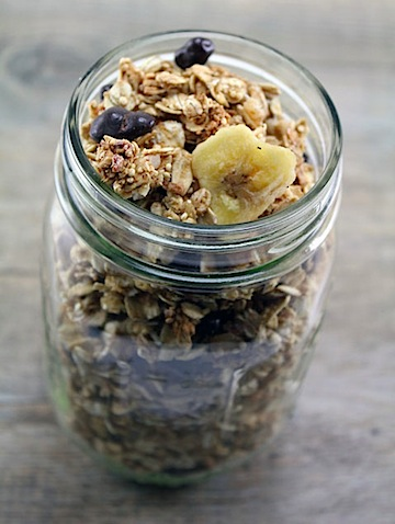 Quinoa-Granola-with-Dark-Chocolate-Pomegranate-1.jpg