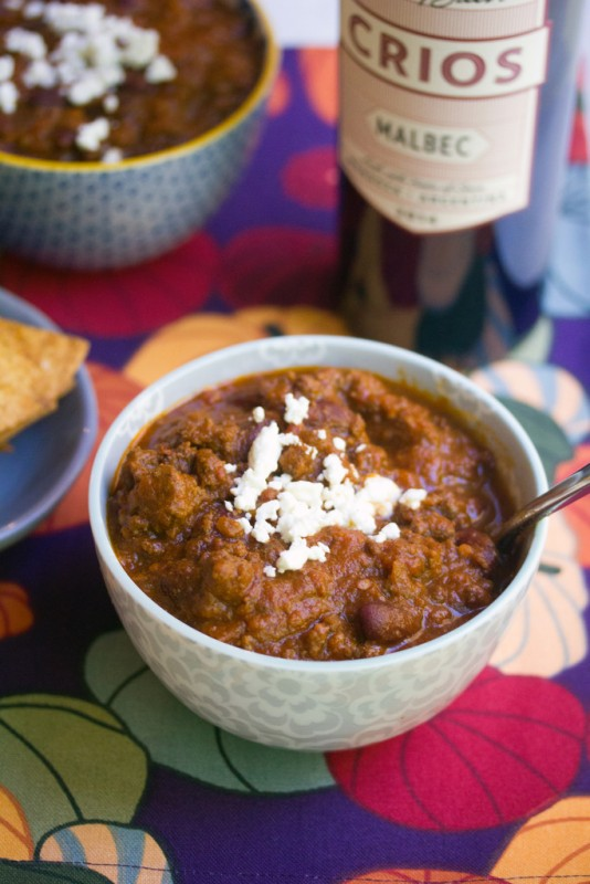 Red Wine Pumpkin Chili -- All my favorite ingredients in one cozy bowl | wearenotmartha.com