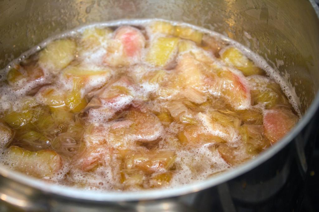 Rhubarb Syrup Boiling