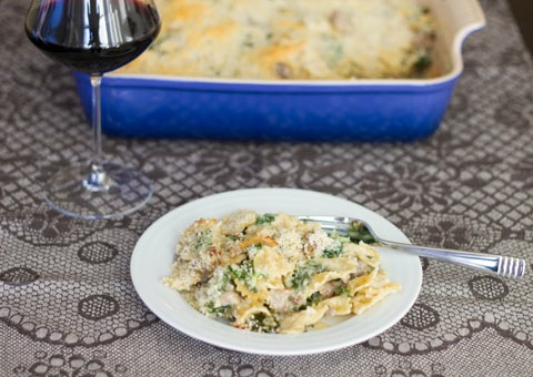 Roasted Garlic Mac and Cheese with Sausage and Kale 10.jpg
