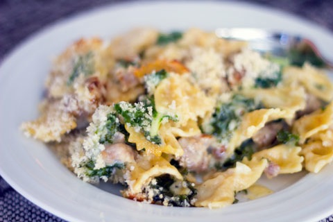 Roasted Garlic Mac and Cheese with Sausage and Kale 2.jpg