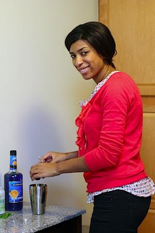 Sierra-Mist-Cocktails-Making-Cocktail.jpg