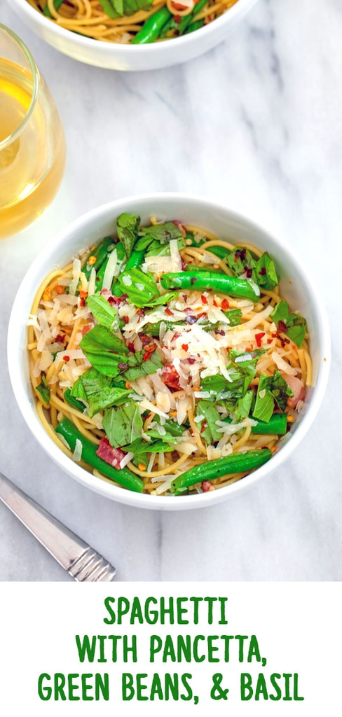 Spaghetti with Pancetta, Green Beans, and Basil -- This Spaghetti with Pancetta, Green Beans, and Basil is an easy weekday dinner that will make you feel like it's summer any time of year! | wearenotmartha.com #spaghetti #basil #pancetta #pasta #easy #dinner