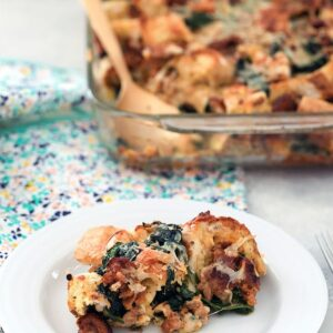 Spinach, Sausage, and Cheese Strata -- Looking for a make-ahead dish you can serve at a brunch party? This Spinach, Sausage, and Cheese Strata can be prepped the day before so all you have to do in the morning is pop it in the oven | wearenotmartha.com