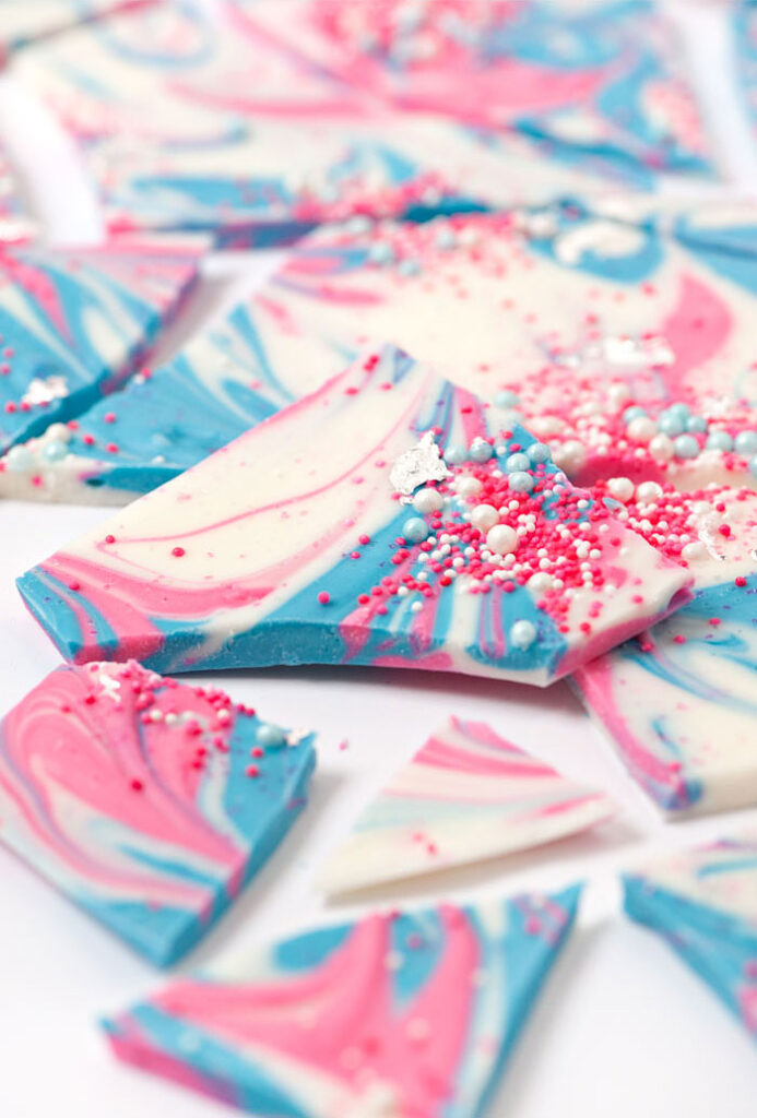 Sprinkle+and+Swirl+Bark+-+Sprinkles+for+Breakfast