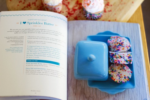 Sprinkles Book Red Cupcakes 17.jpg