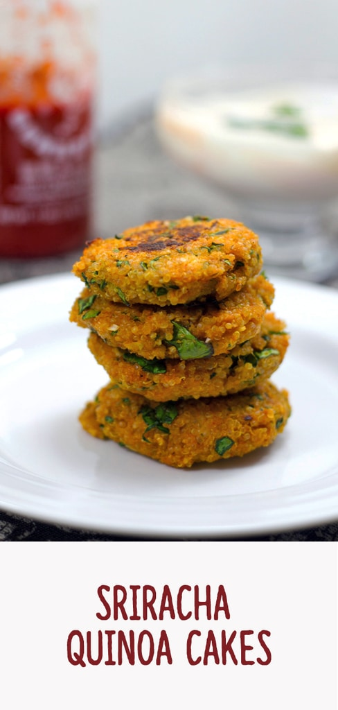 Sriracha Quinoa Cakes -- Sriracha Quinoa Cakes are packed with flavor and protein that will help get you through the day. They make the perfect party appetizer, but are also a deliciously healthy addition to your lunch | wearenotmartha.com #quinoa #sriracha #appetizer