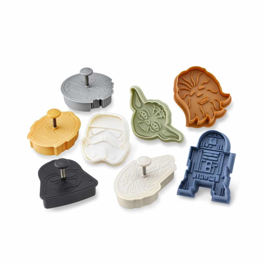 Various Star Wars cookie cutters