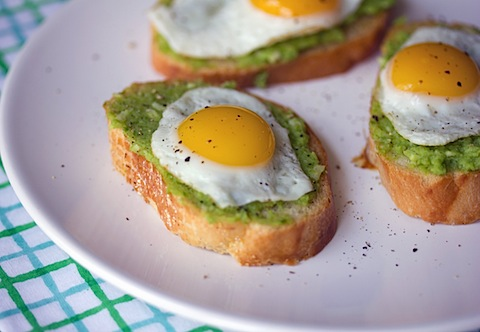 Sugar Snap Pea Crostini with Quail Egg 3.jpg