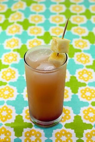 Tropical-Gin-Sunrise-Cocktail-1.jpg
