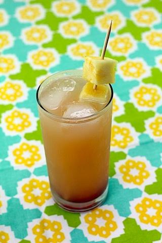 Tropical-Gin-Sunrise-Cocktail-11.jpg